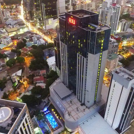 Riu-Plaza-Panama-Aérea